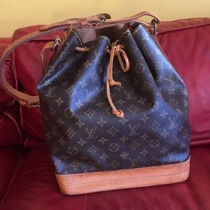 🎉Authentic LV Noe larger size!